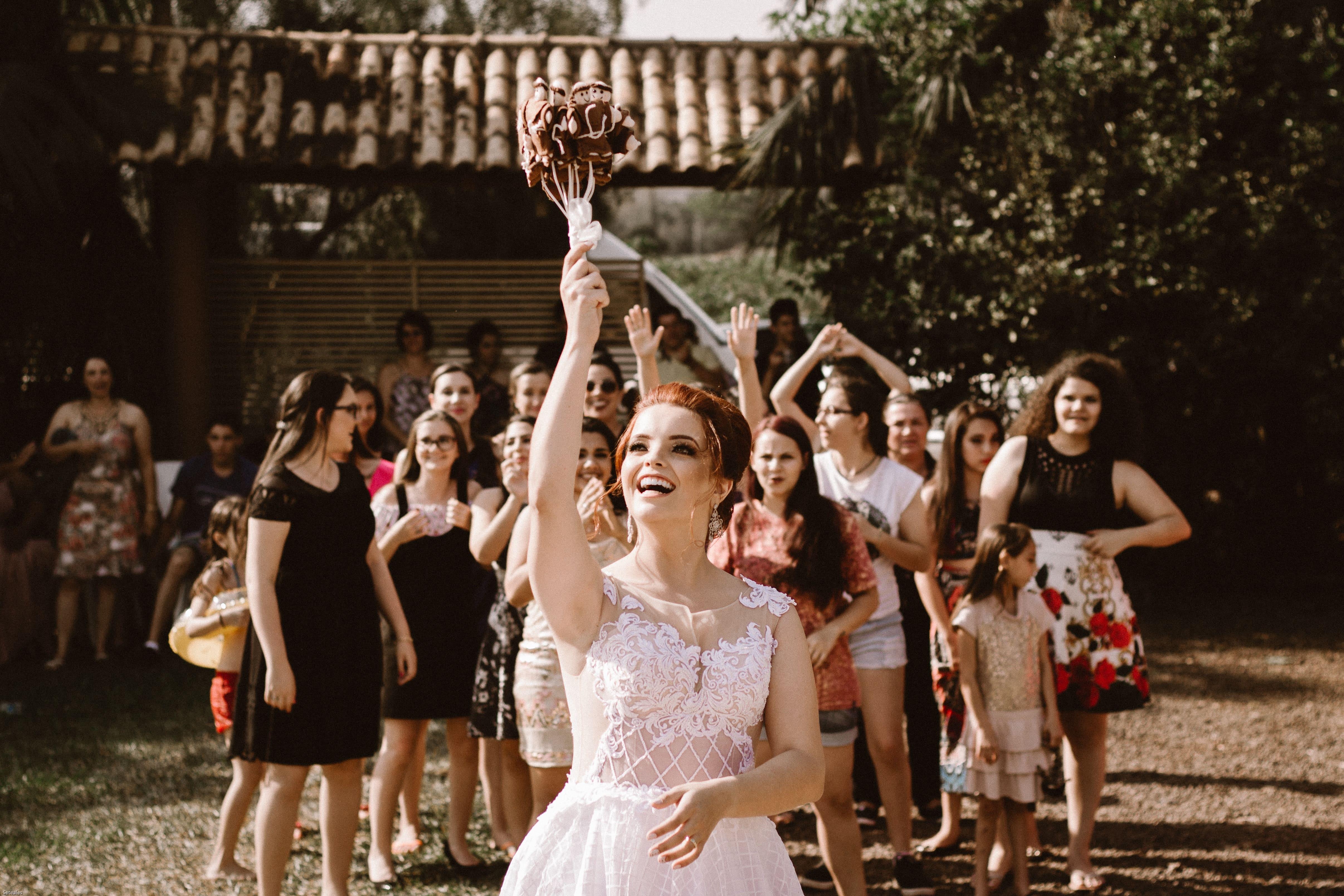 Hochzeitsetiketteknigge für das Brautpaar und Hochzeitsgäste