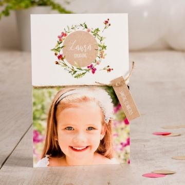 Einladungskarten Kommunion mit Blumenkranz und Anhänger