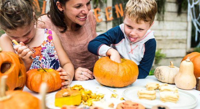 Halloweenparty mit Kindern