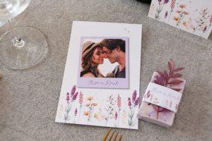 Trockenblumen als Accessoire für Hochzeit-Deko